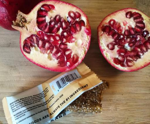 Health Warrior Chia Bar and Pomegranate