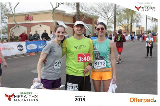 2019 Mesa Phoenix marathon finisher Picture with 3:40 pacer and runner